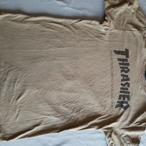 Army green basic Thrasher tshirt M